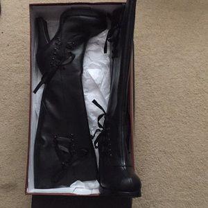 Demonia black knee high boot NIB size 7
